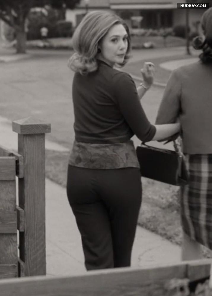Elizabeth Olsen ass