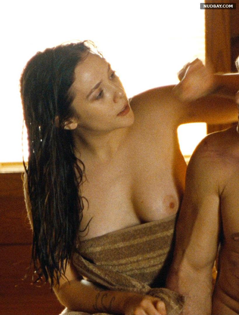 Elizabeth Olsen nude in Oldboy