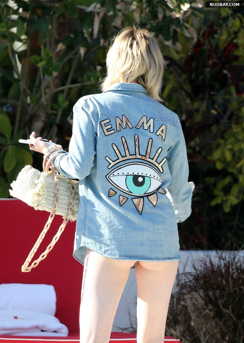 Emma Roberts nude ass