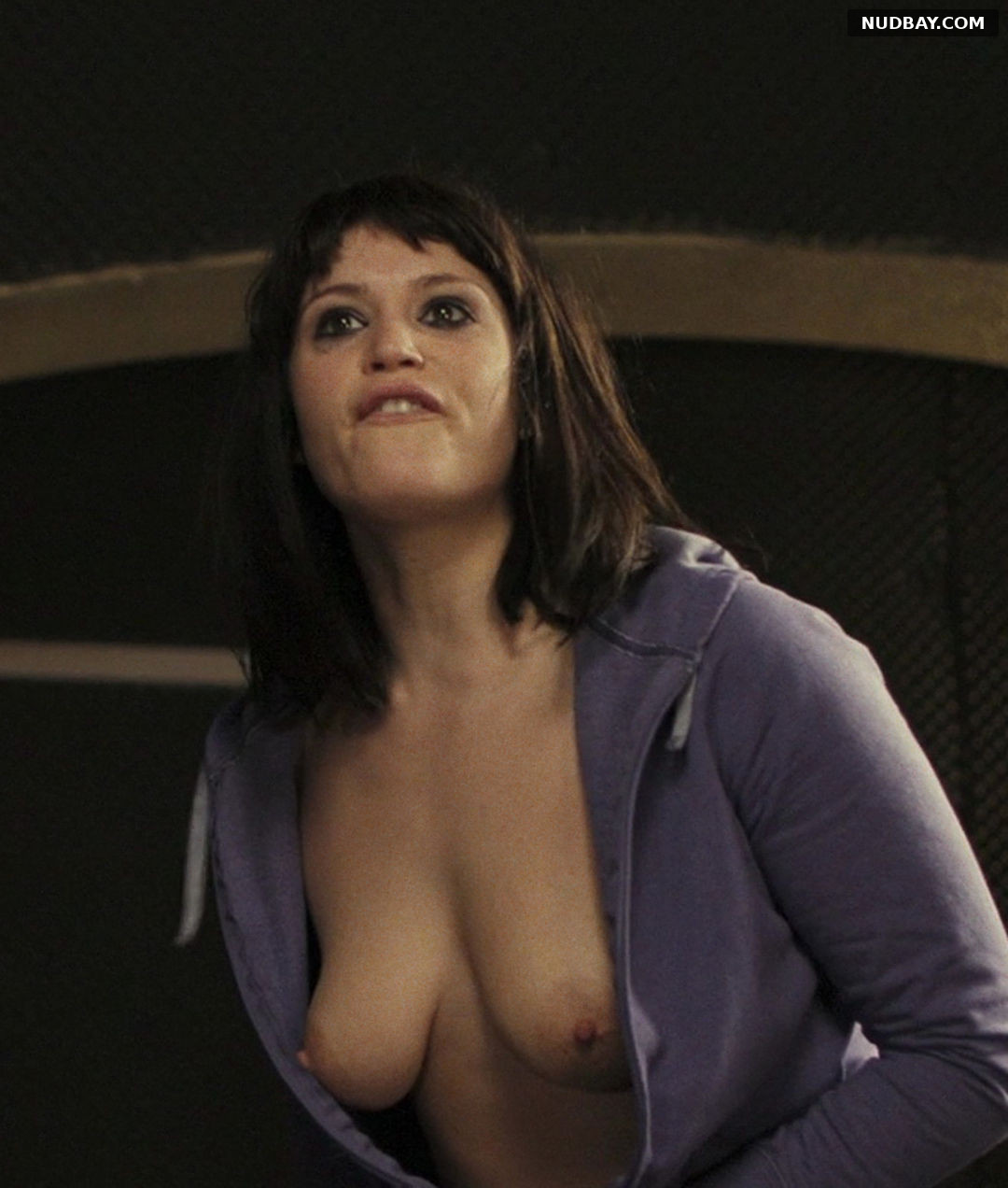 Gemma Arterton Nude in The Disappearance of Alice Creed