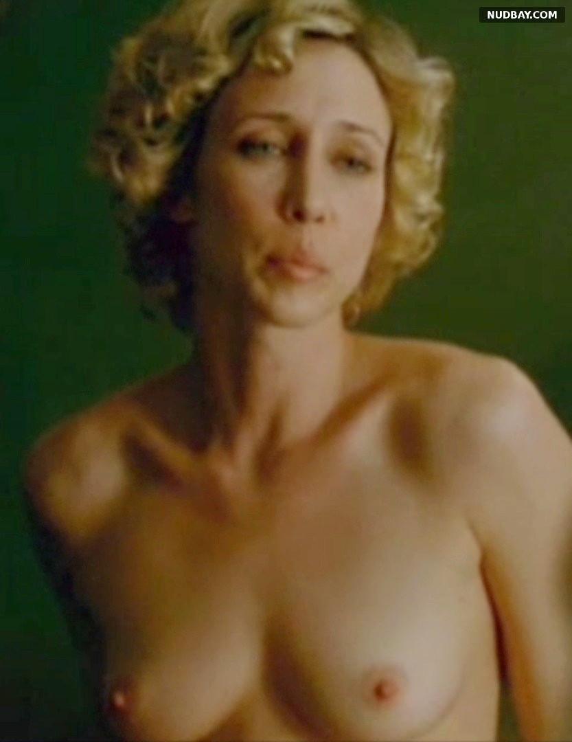 Vera Farmiga nude