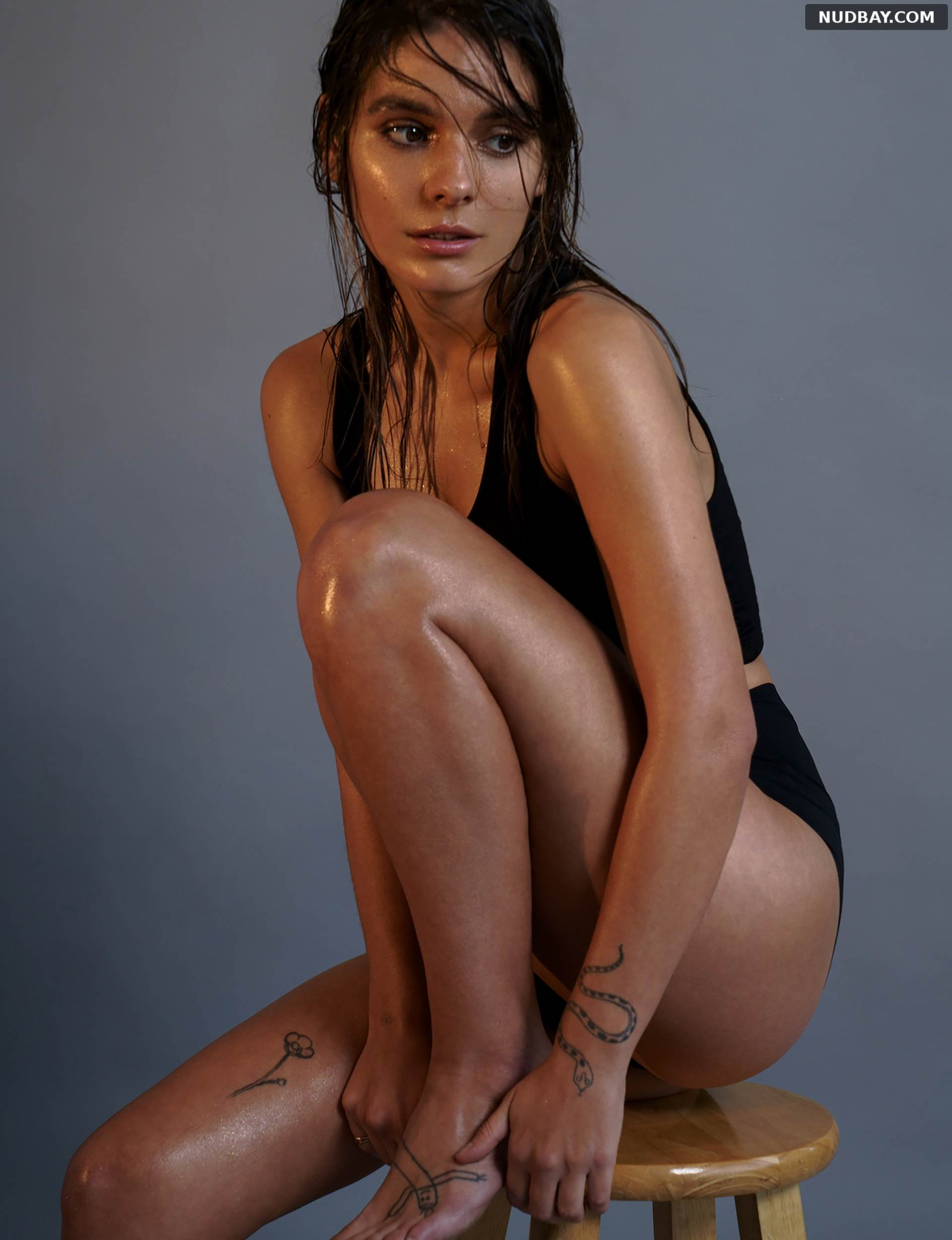 Caitlin Stasey sexy pussy