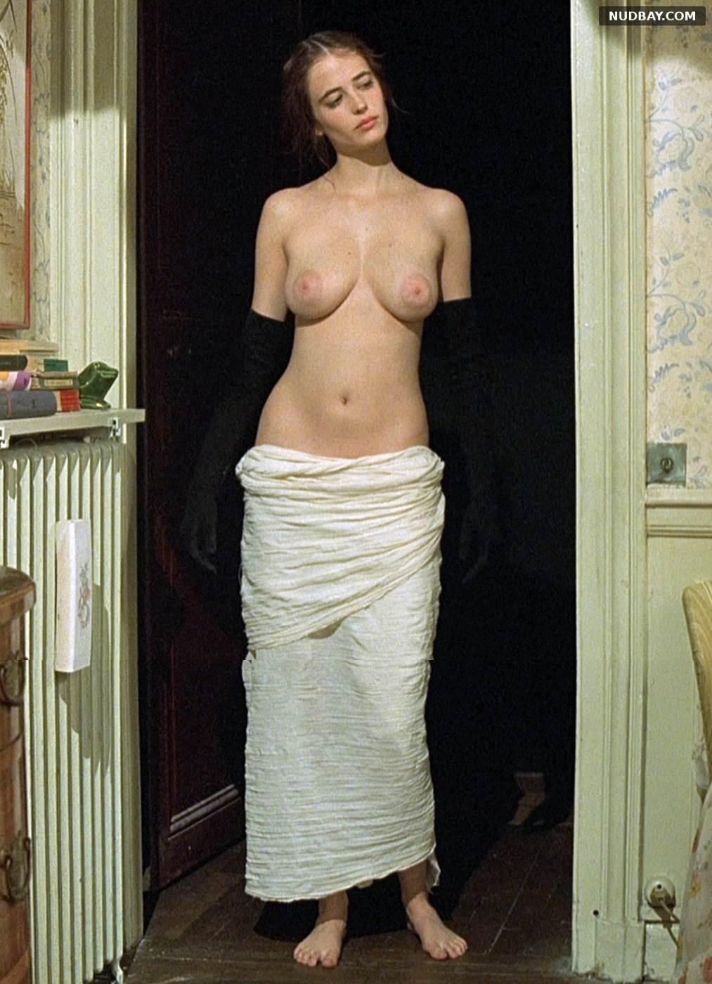 Eva Green nude boobs