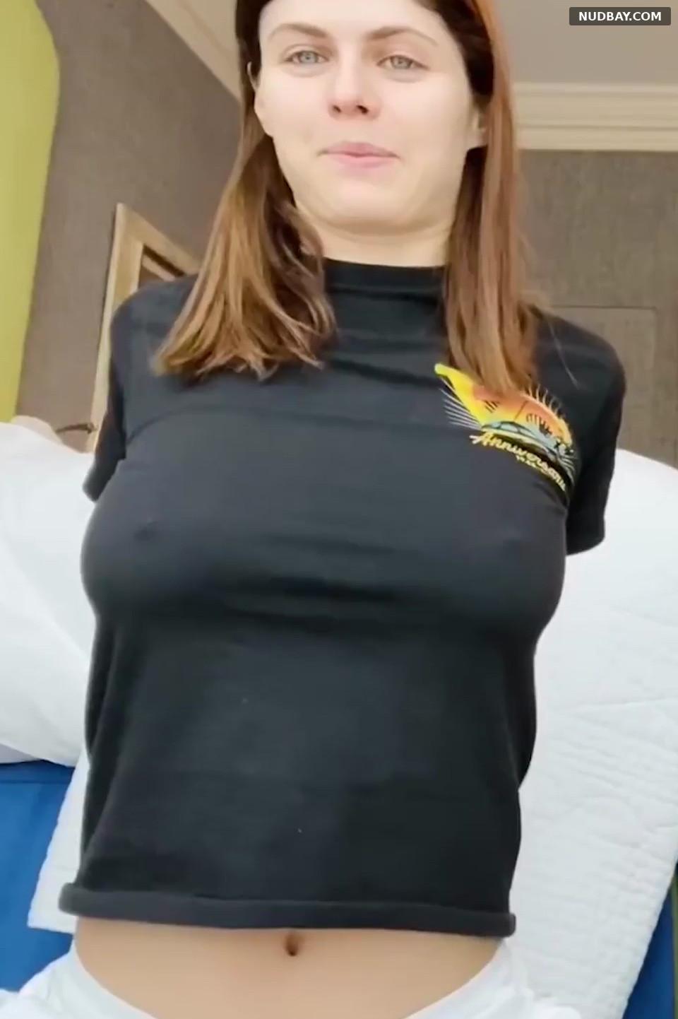 Alexandra Daddario pokies