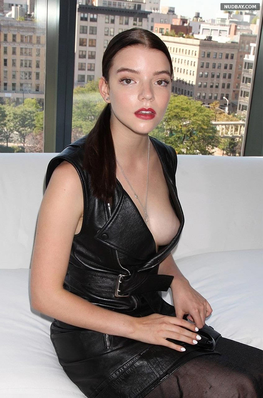 Anya Taylor-Joy boobs