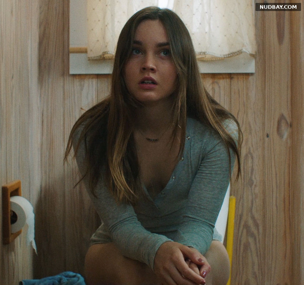 Liana Liberato The Beach House (2019)
