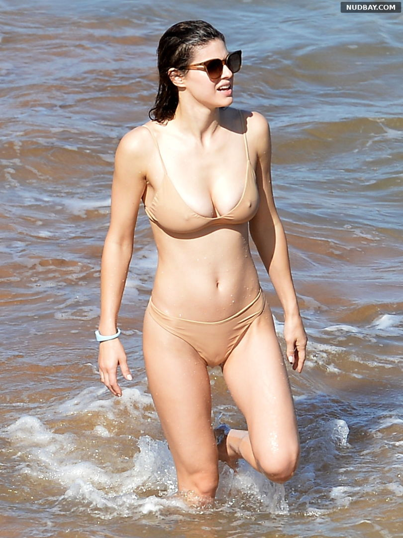 Alexandra Daddario in a bikini on the beach in Maui Nov 26 2020 1