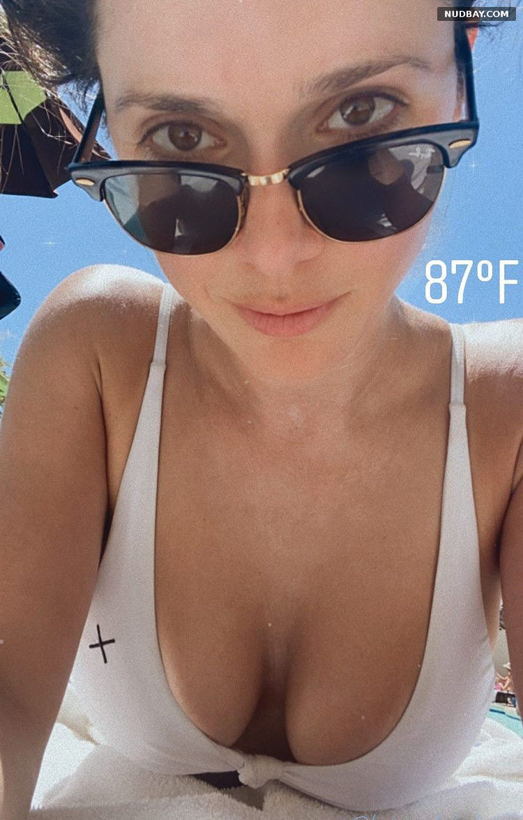 Ali Cobrin boobs in bikini May 04 2021