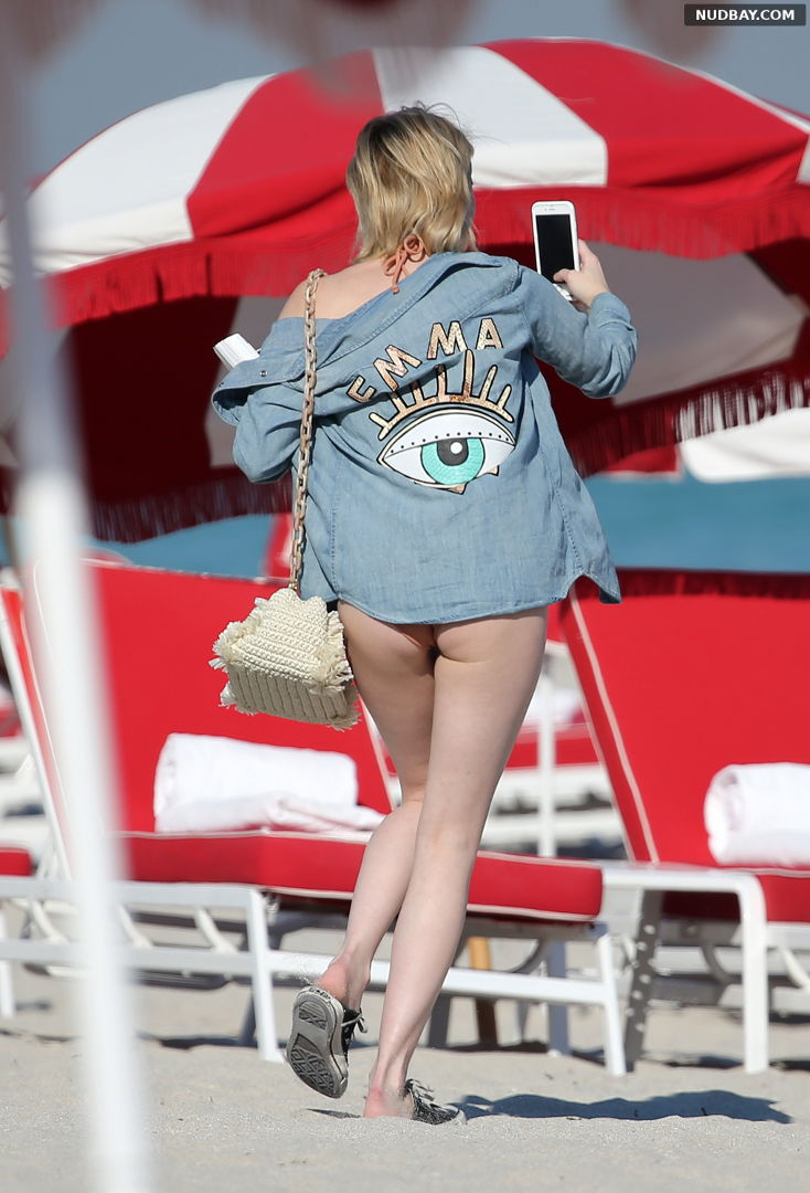 Emma Roberts Ass at the beach in Miami Dec 13 2017 1