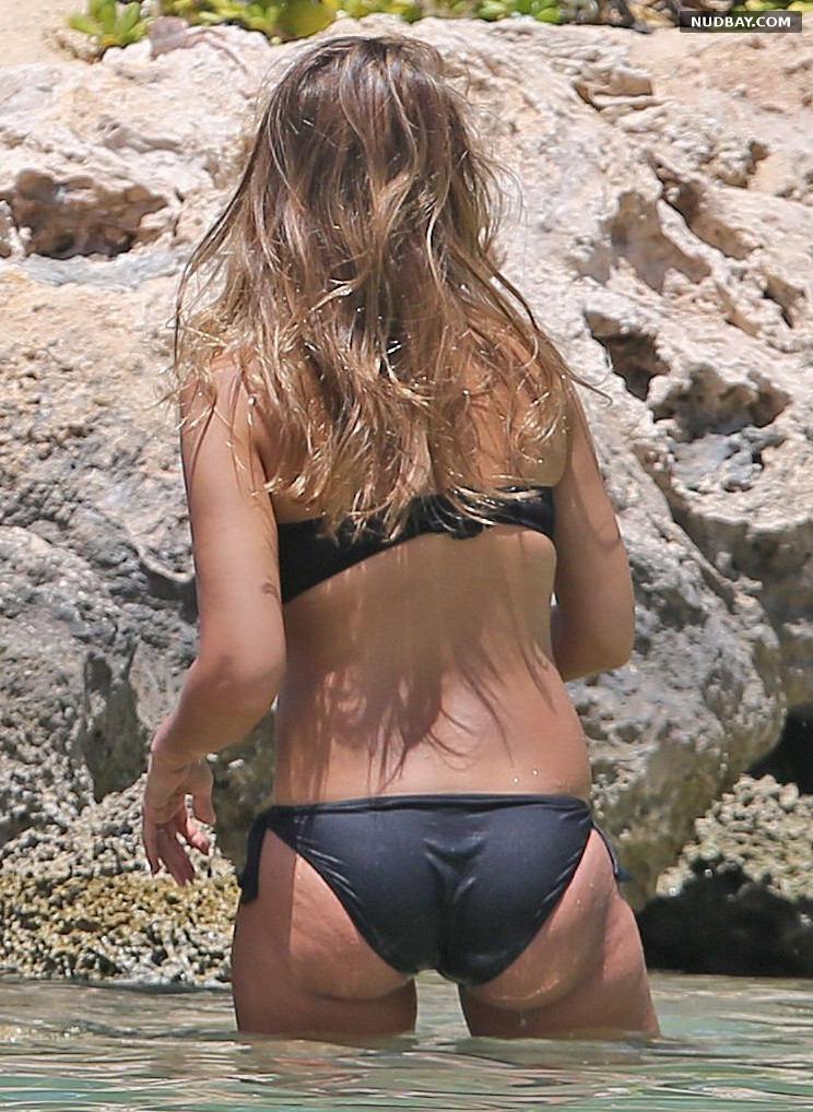 Jessica Alba Wearing a Bikini in Hawaii Jul 23 2017
