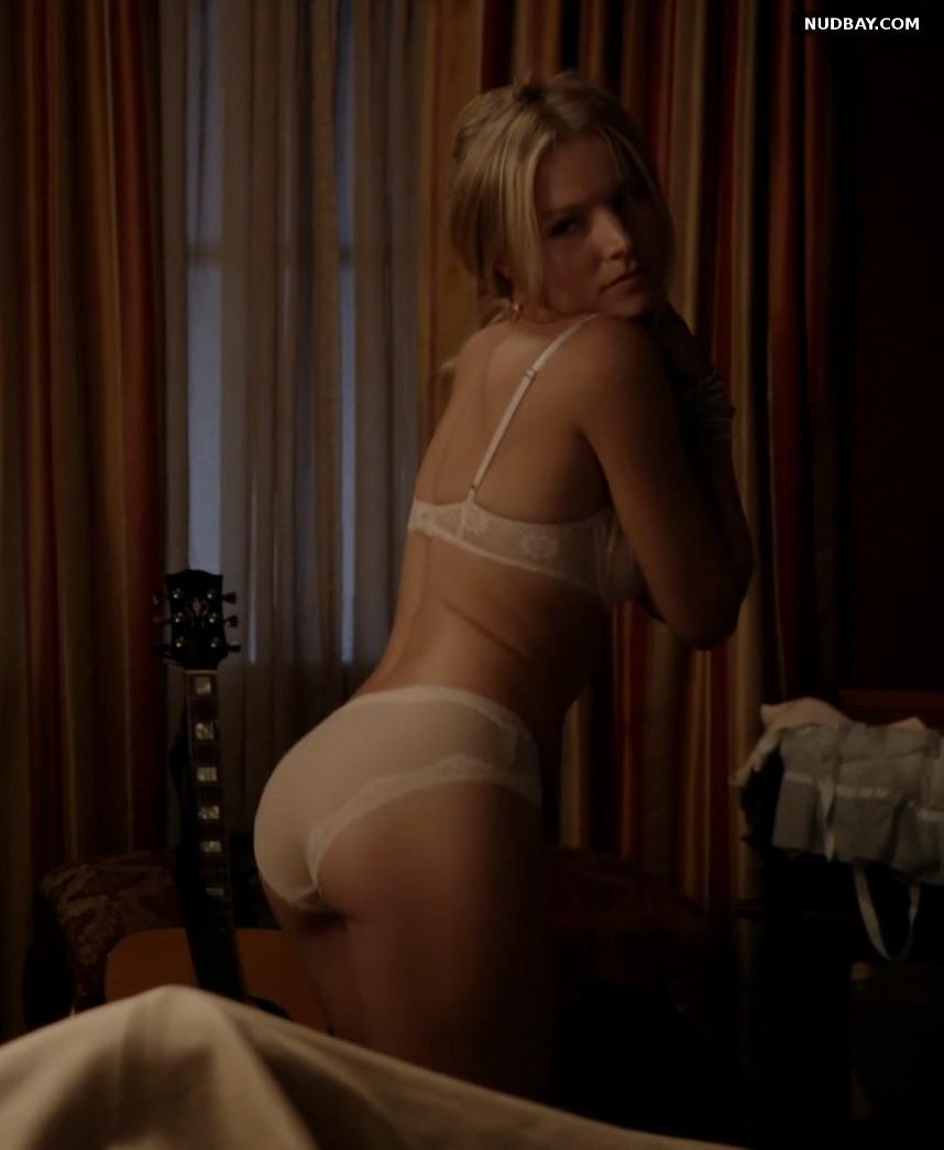 Kristen Bell Ass in House of Lies (2012)