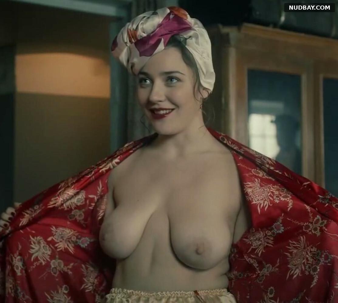 Nina Andronaki in Za chas do rassveta s01e01 (2021)