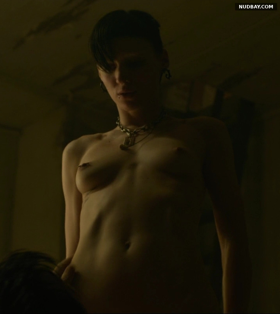 Rooney Mara nude in The Girl with the Dragon Tattoo (2011)
