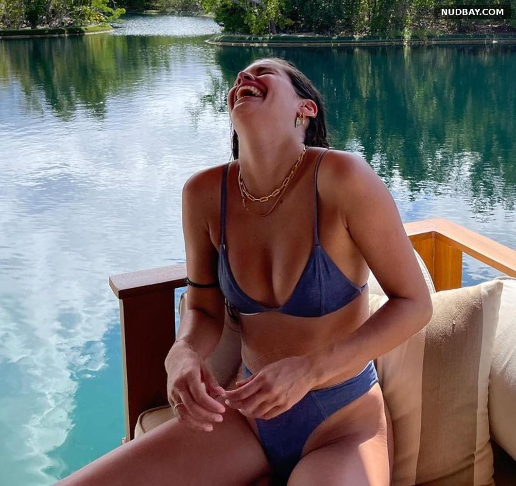 Sara Sampaio in Bikini May 18 2021
