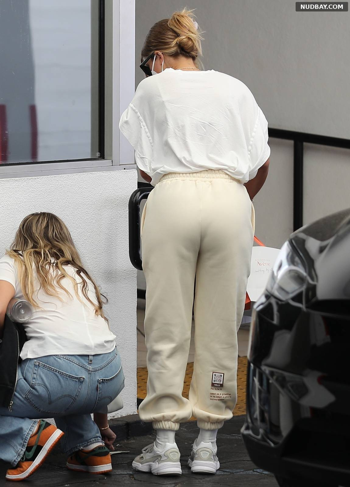 Sofia Richie booty at her dermatologist in Beverly Hills May 25 2021