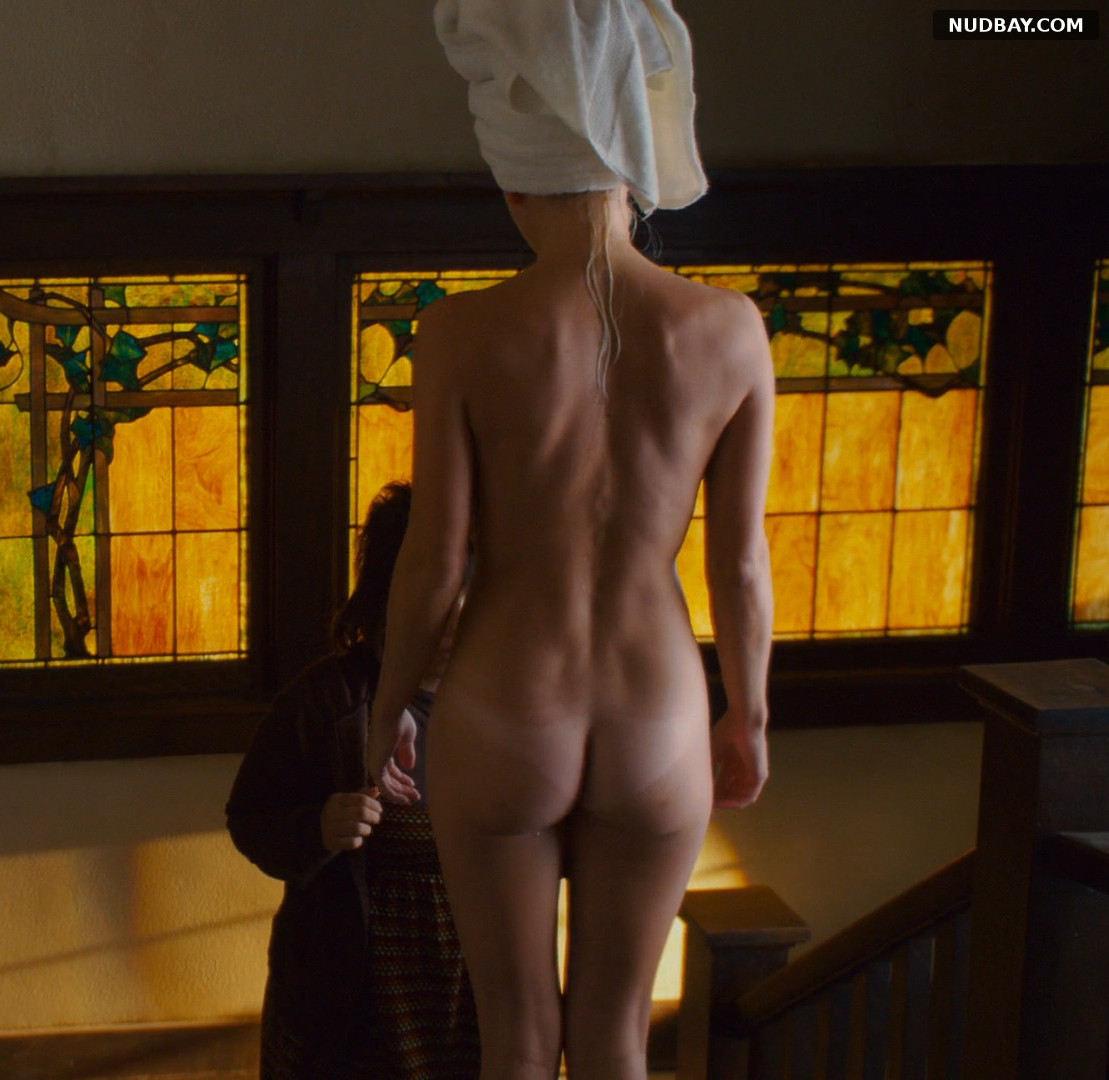 Anna Faris nude in The House Bunny (2008)
