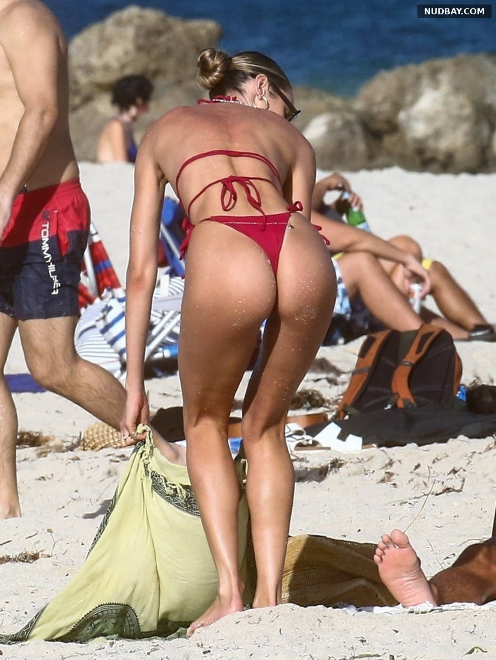 Candice Swanepoel ass in red bikini on the beach in Miami Nov 16 2020