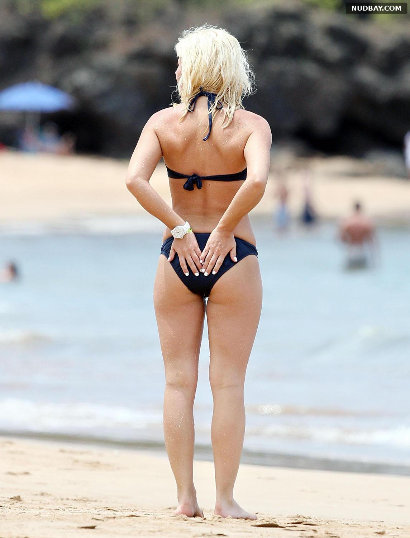 Elisha Cuthbert Ass On the Beach in Maui May 05 2008