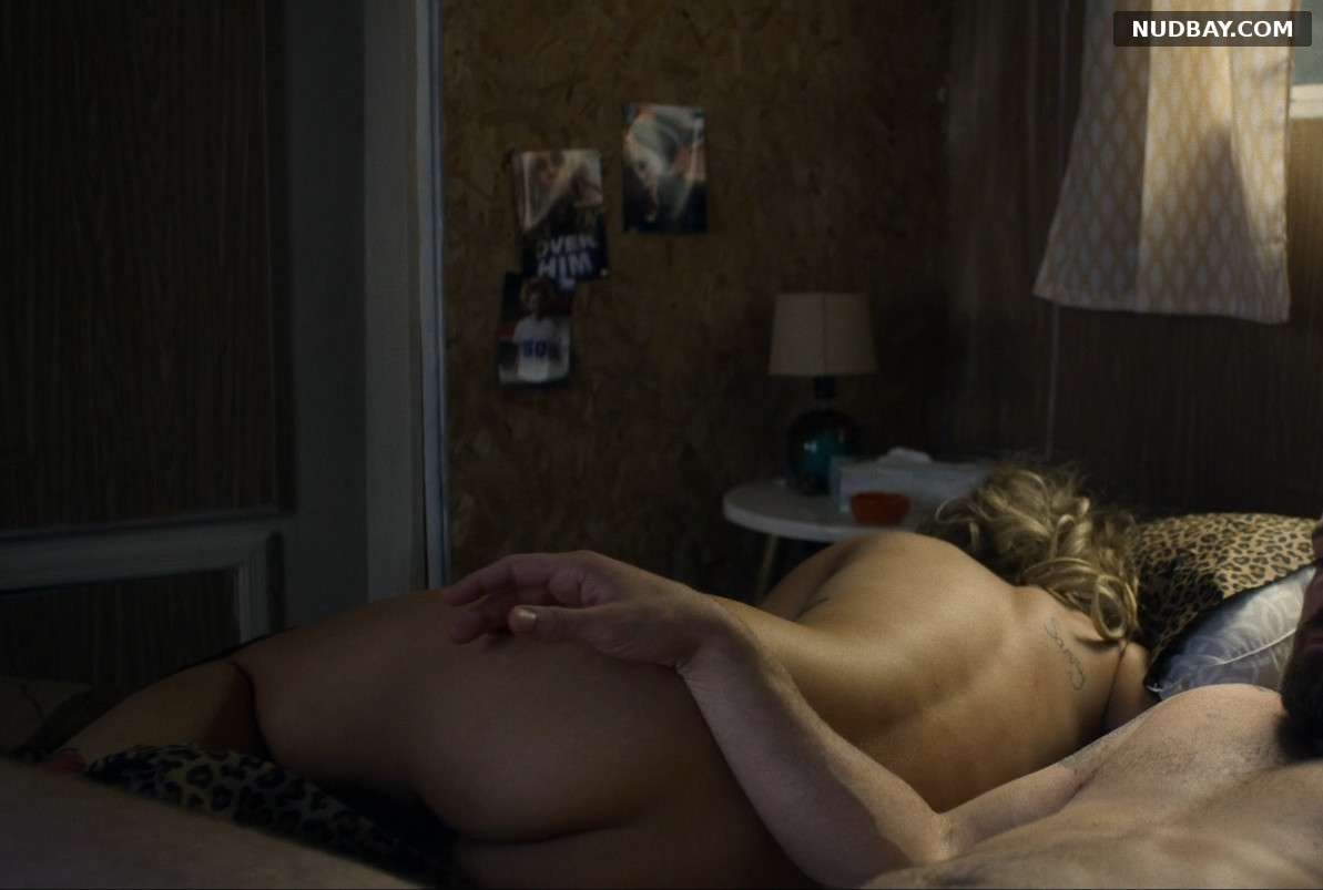 Juno Temple nude ass in Palmer (2020)