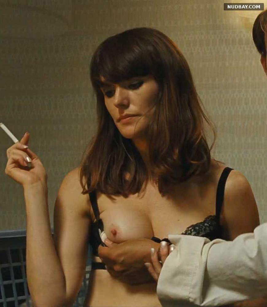 Lavinia Wilson nude in Quellen des Lebens (2013)