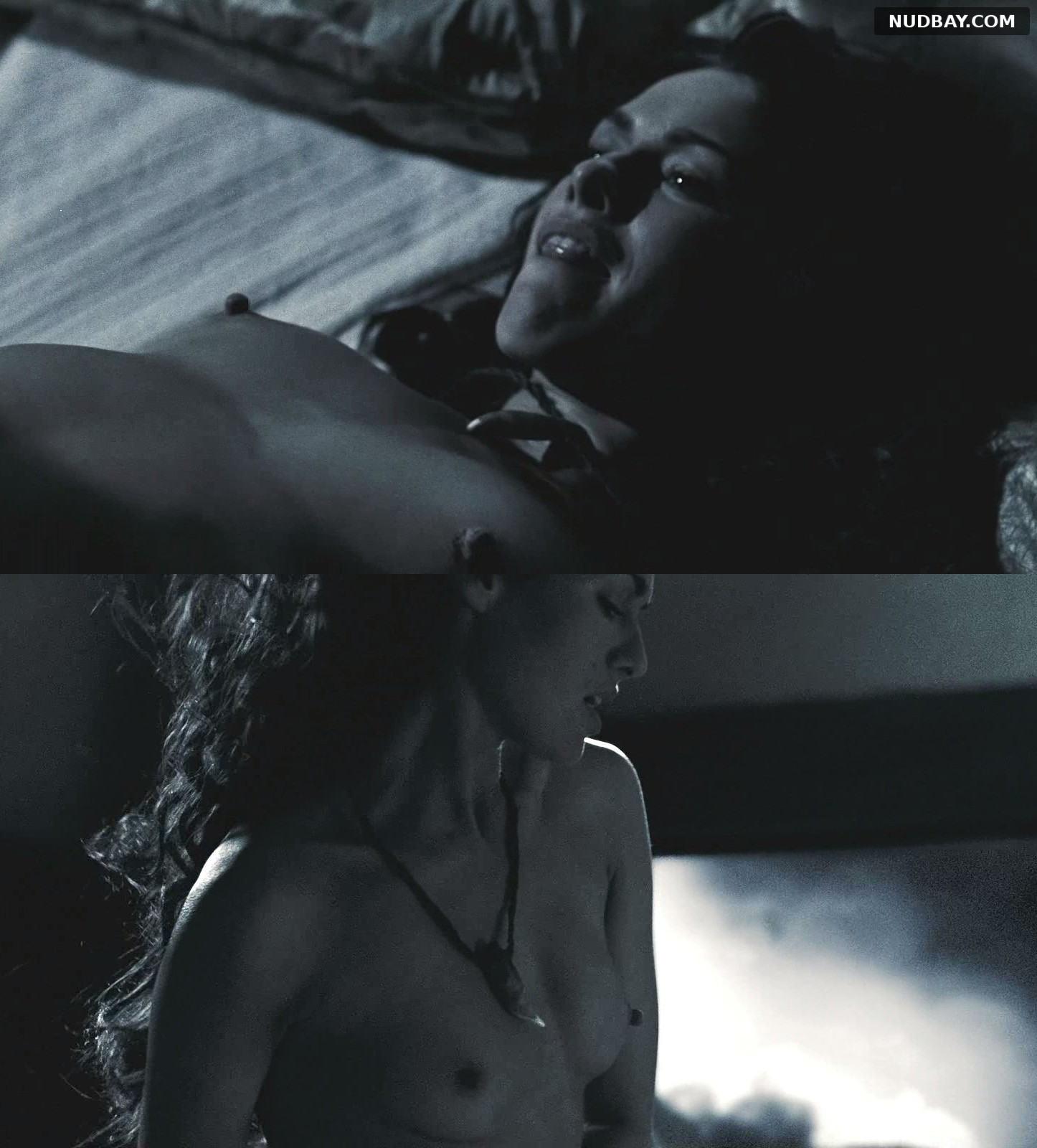 Lena Headey nude in 300 (2007)