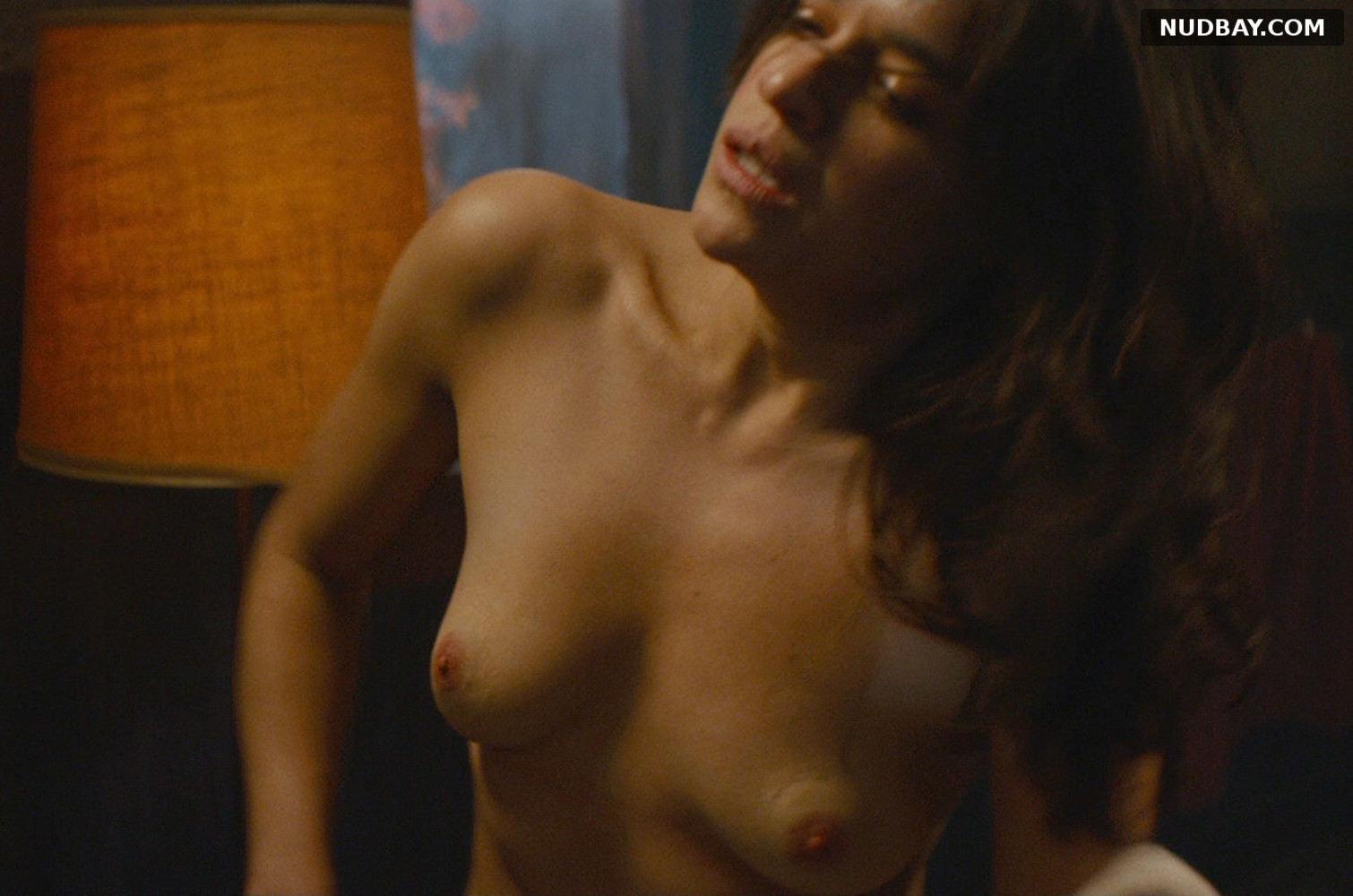 Nude rodriguez Genesis Rodriguez