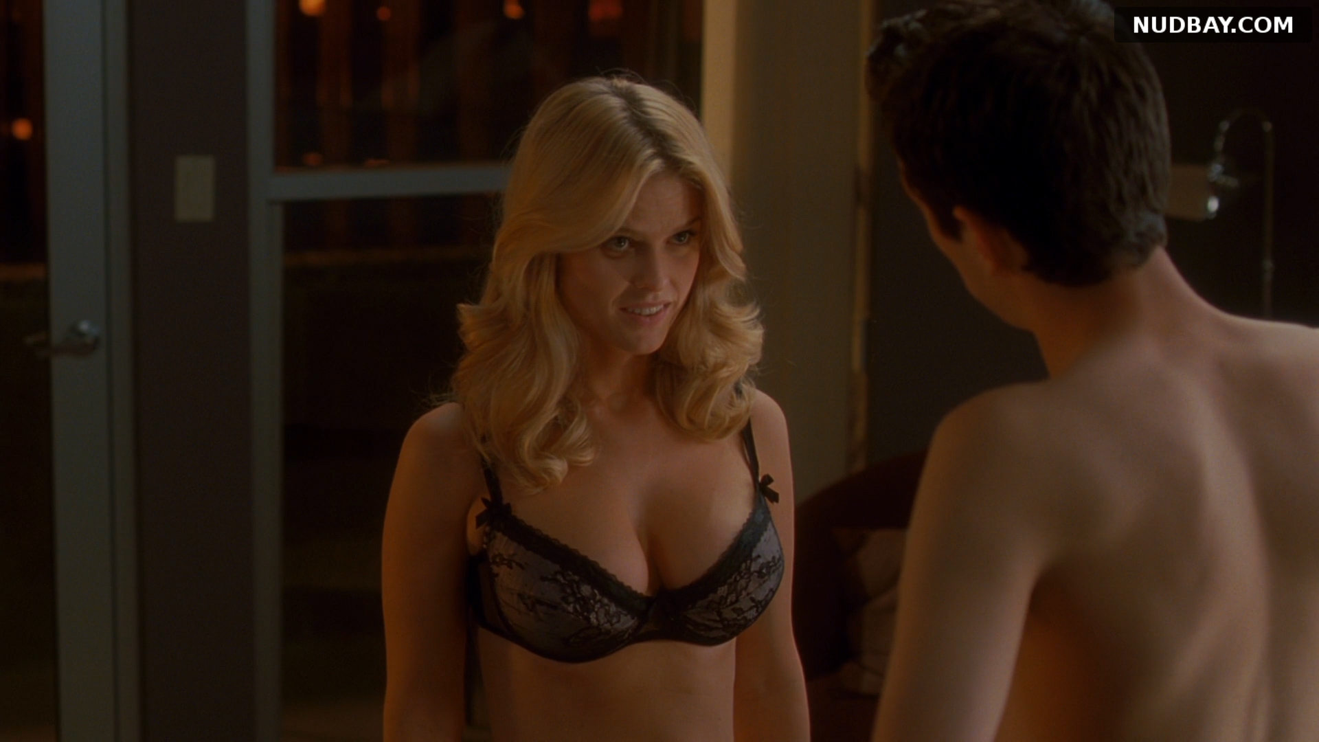 Alice Eve boobs She's Out of My League (2010)