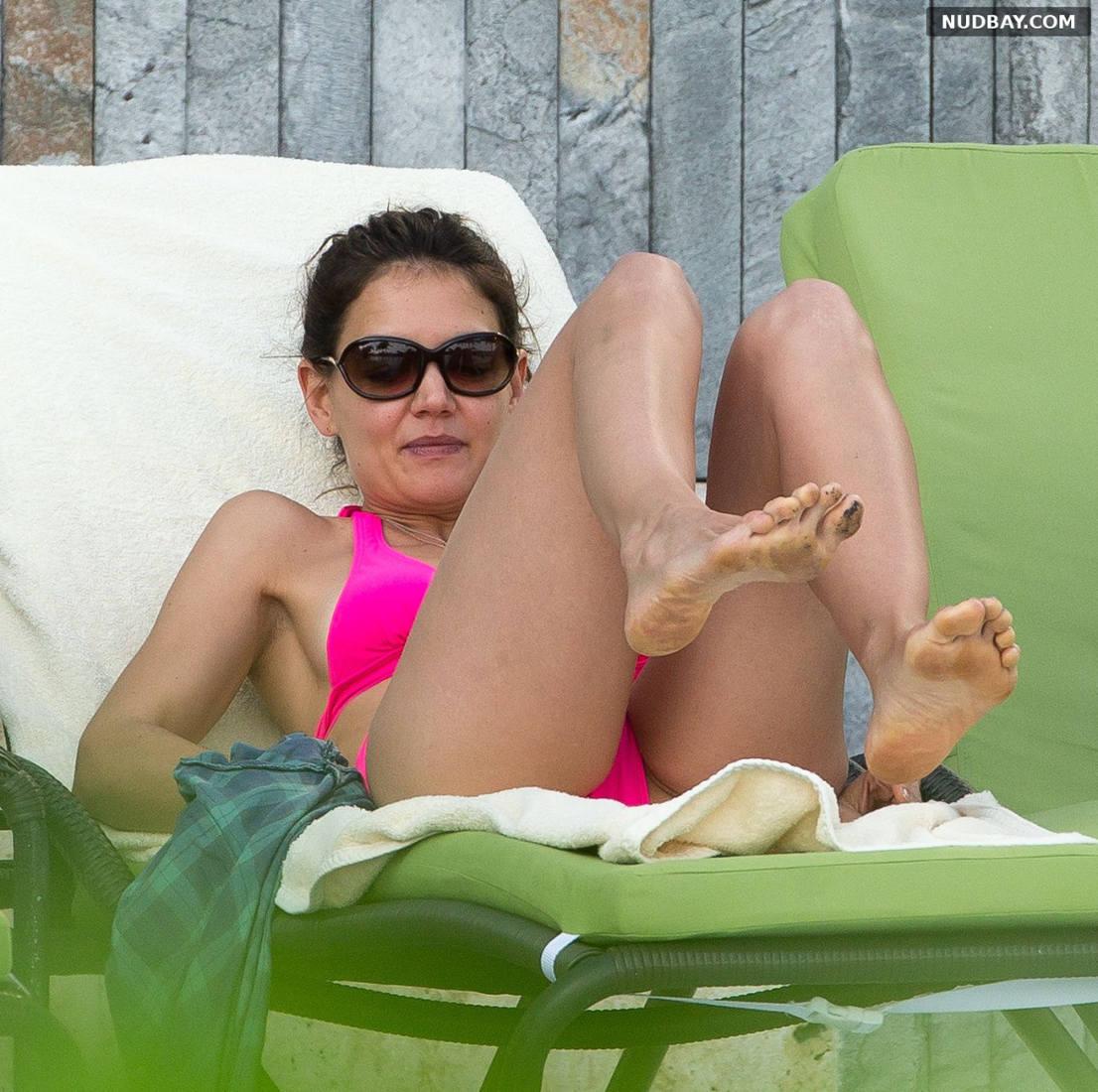 Katie Holmes Sexy wearing a bikini in Miami Dec 30 2013