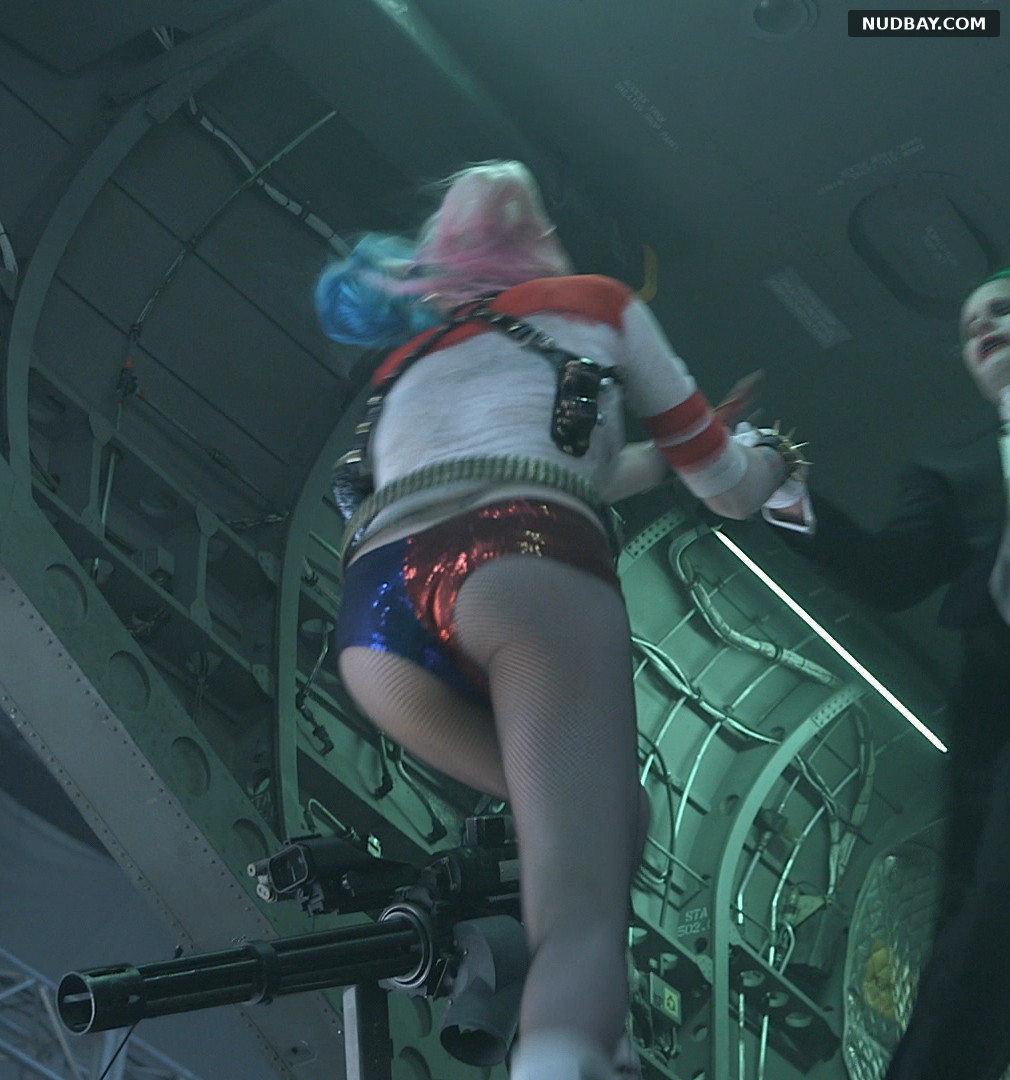 Margot Robbie nude Suicide Squad