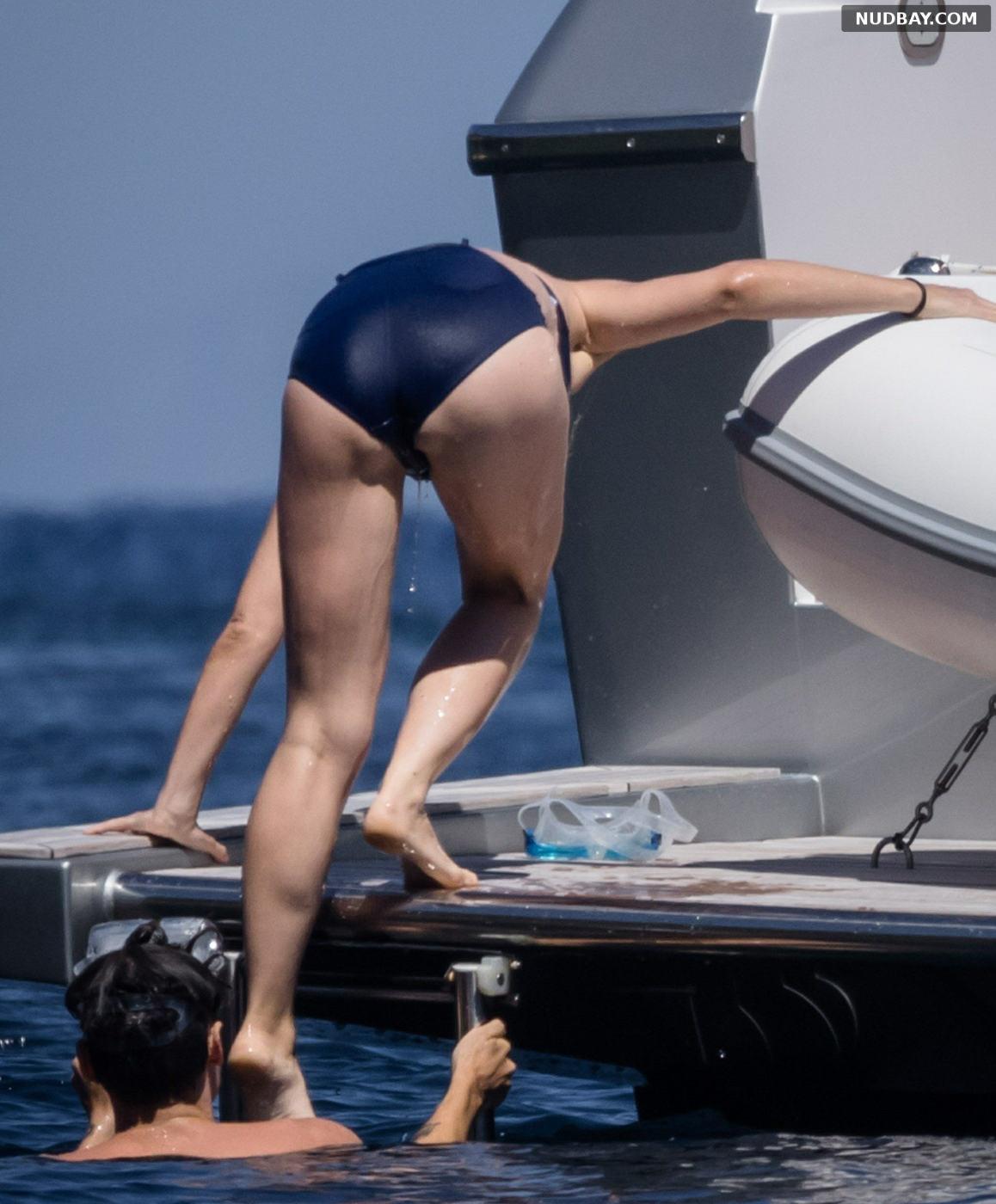 Olivia Wilde Ass on a yacht off Giglio Island Jul 09 2021