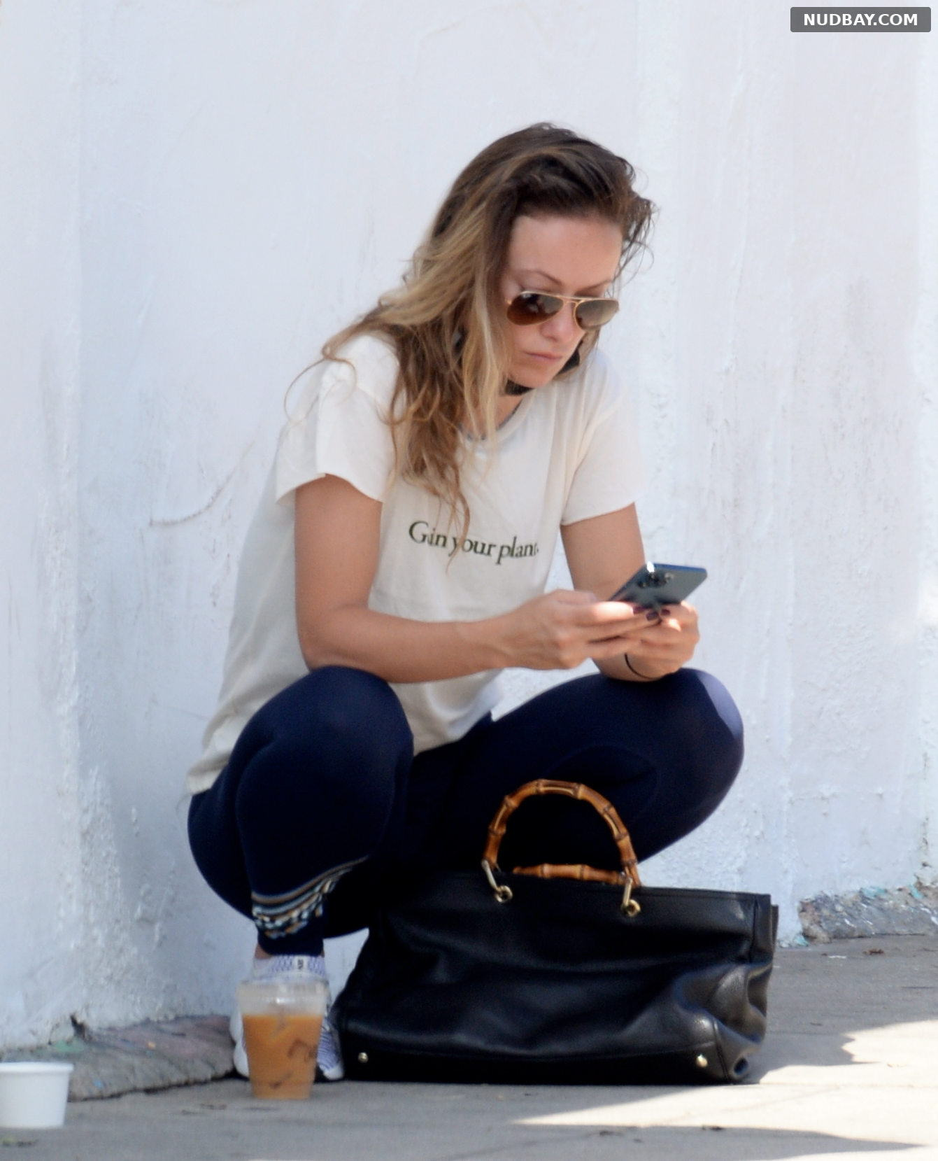 Olivia Wilde Out for coffee and food to go in Los Angeles Jul 22 2021