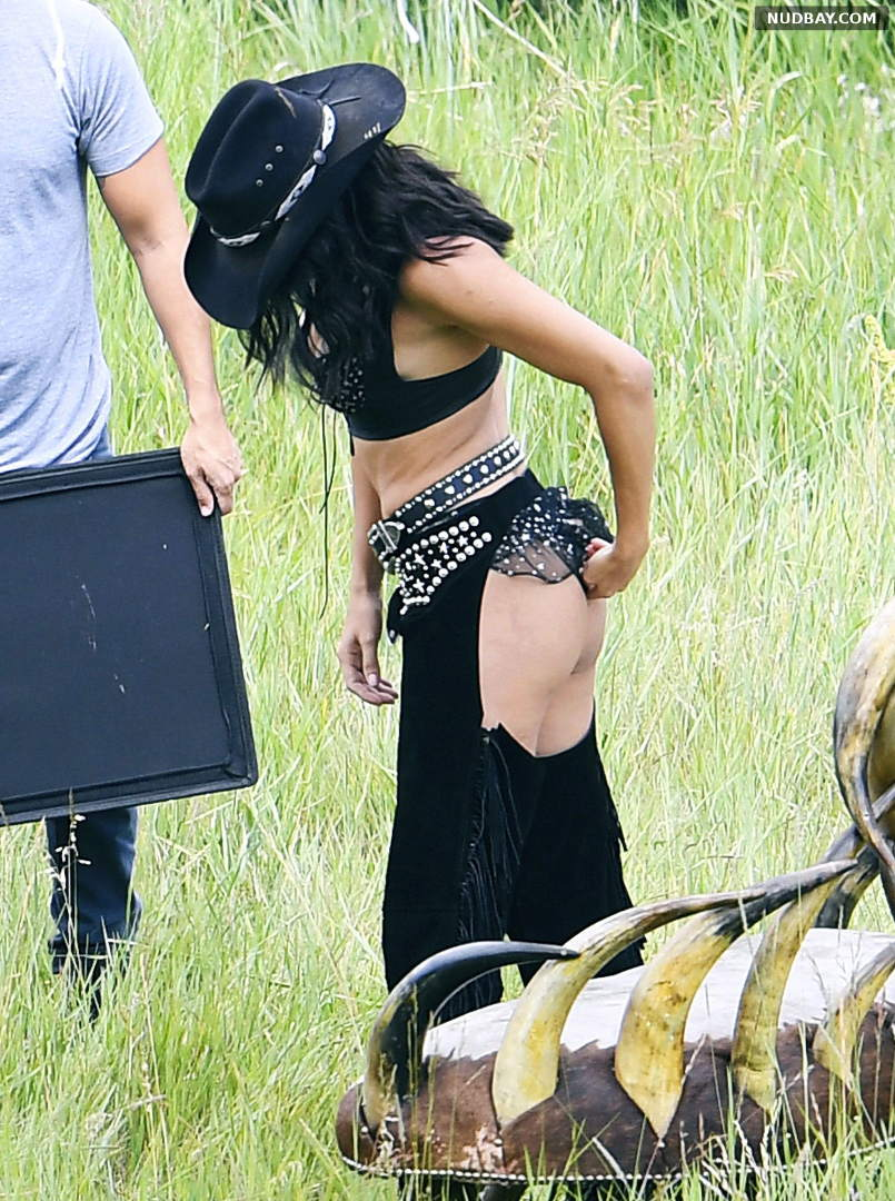 Adriana Lima Ass Shooting for VS's Holiday Catalog in Aspen Aug 15 2017