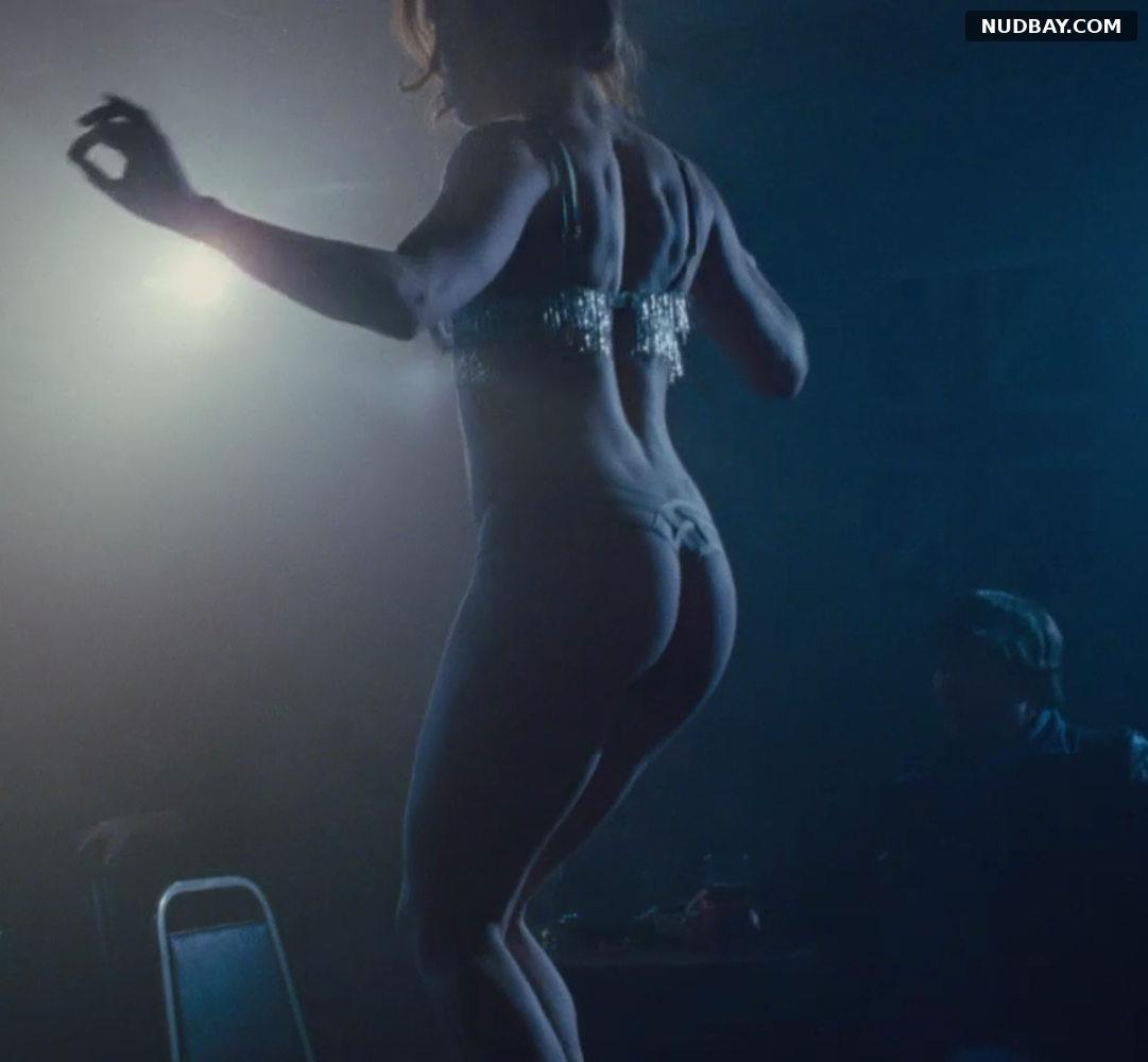 Amy Adams bare ass in American Hustle (2013)