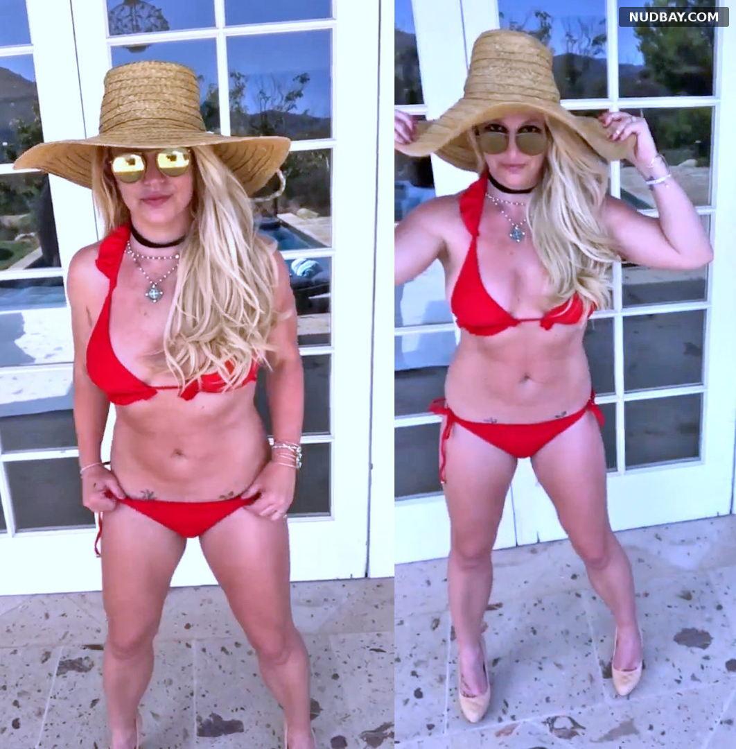 Britney Spears in red bikini Aug 04 2021