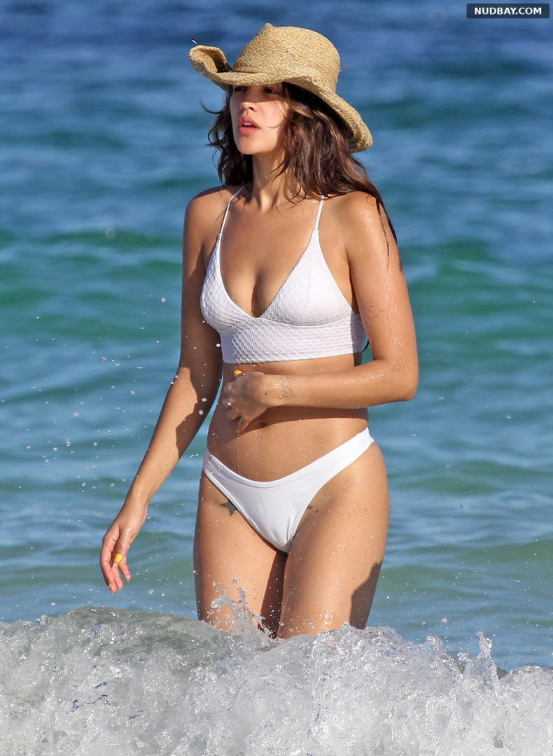 Eiza Gonzalez Cameltoe on the beach in Tulum Dec 09 2019 1