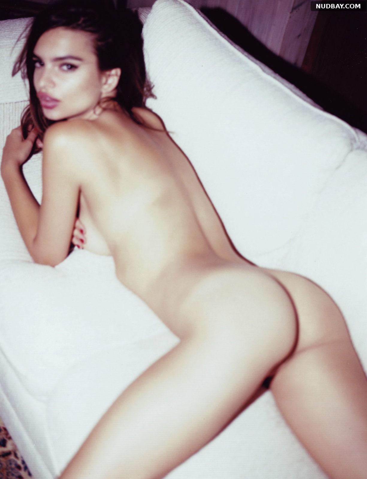 Emily Ratajkowski Lying On The Bed Shows Naked Ass