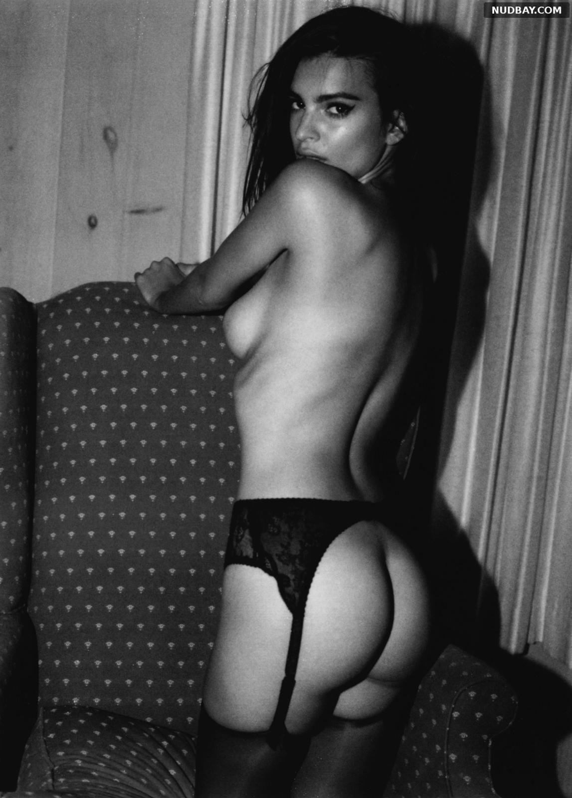 Emily Ratajkowski Too Sexy Showing Bare Butt 2021