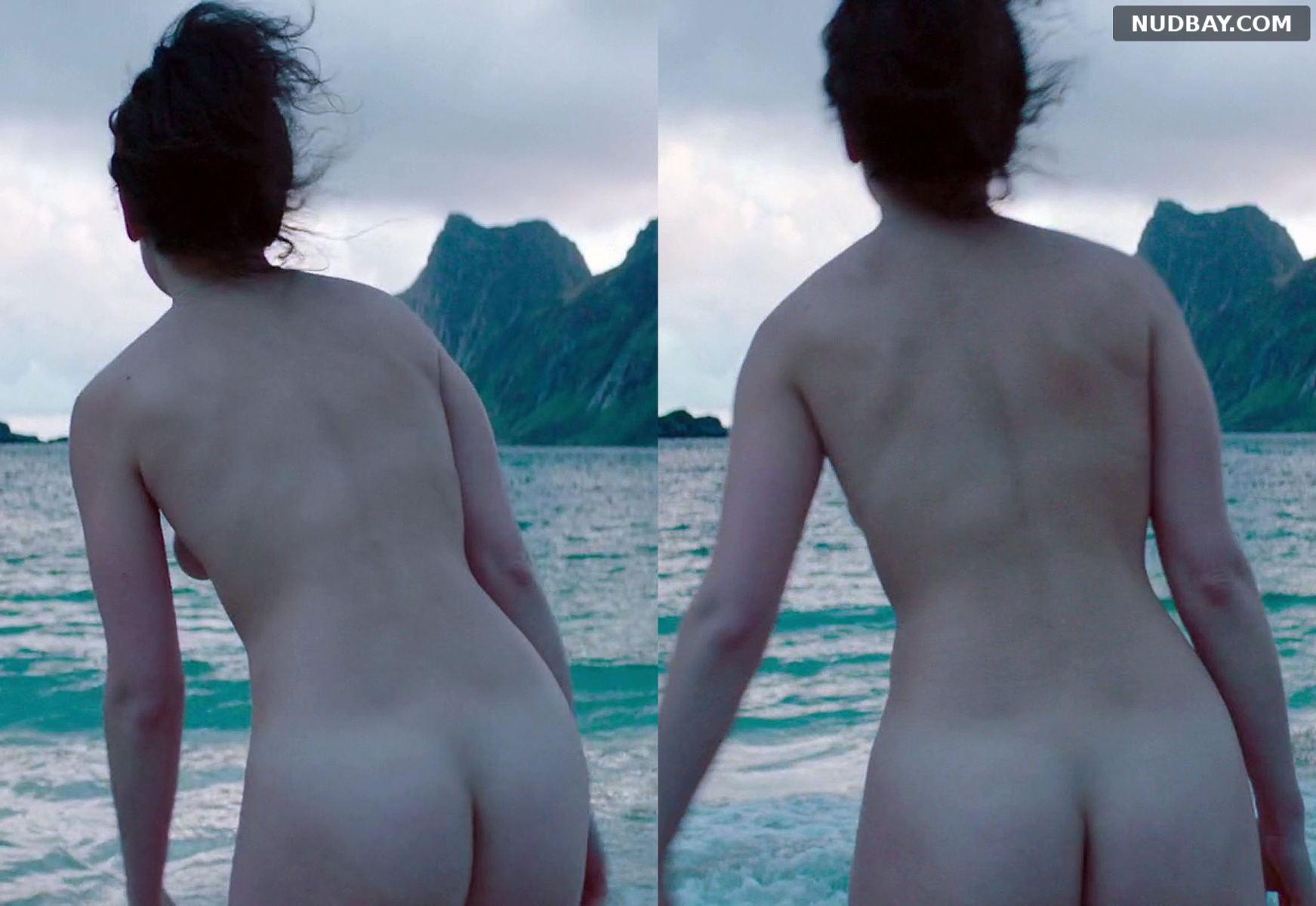 Jenny Slate nude ass in The Sunlit Night 2019