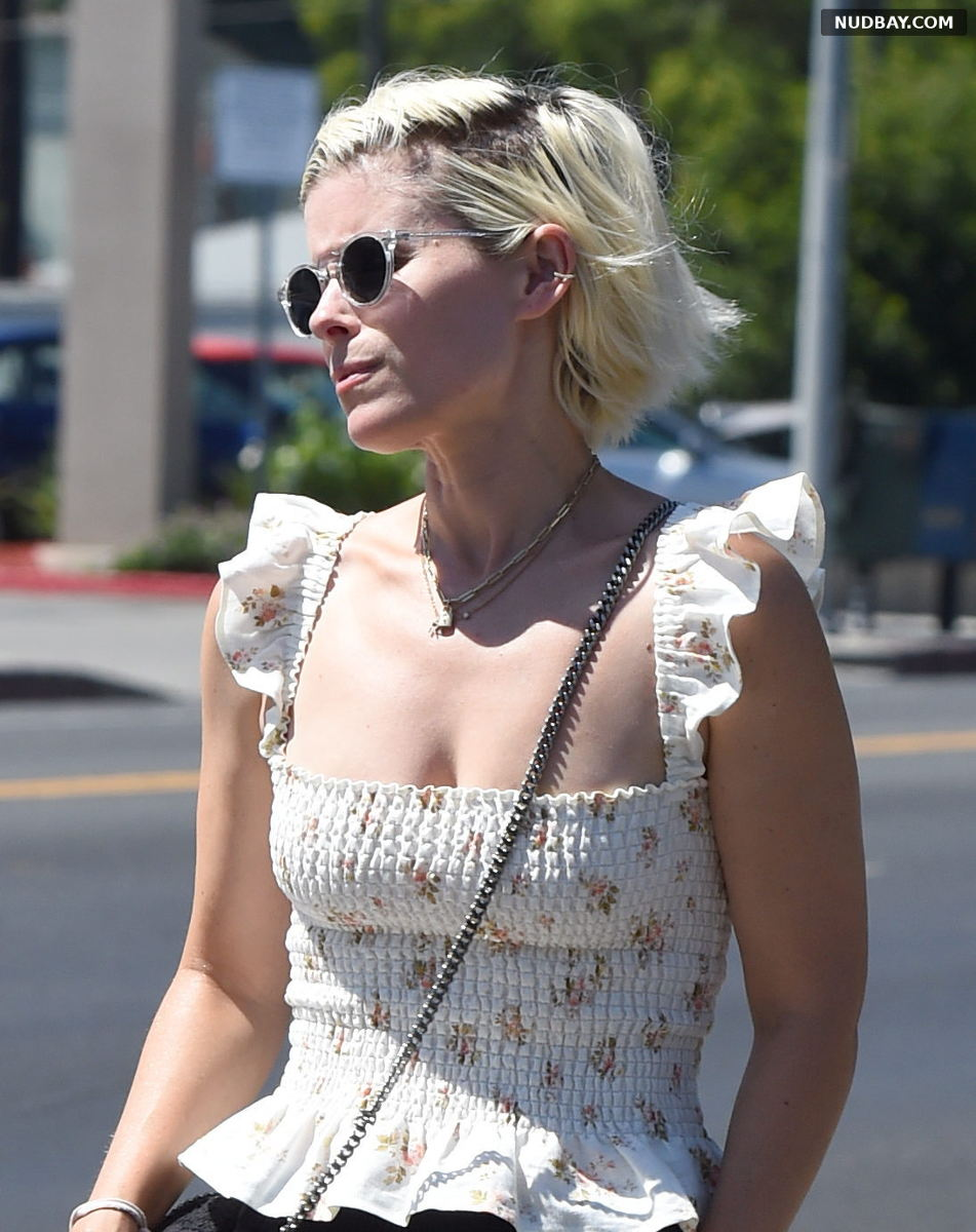 Kate Mara cleavage out to a restaurant in Los Angeles Jul 29 2021