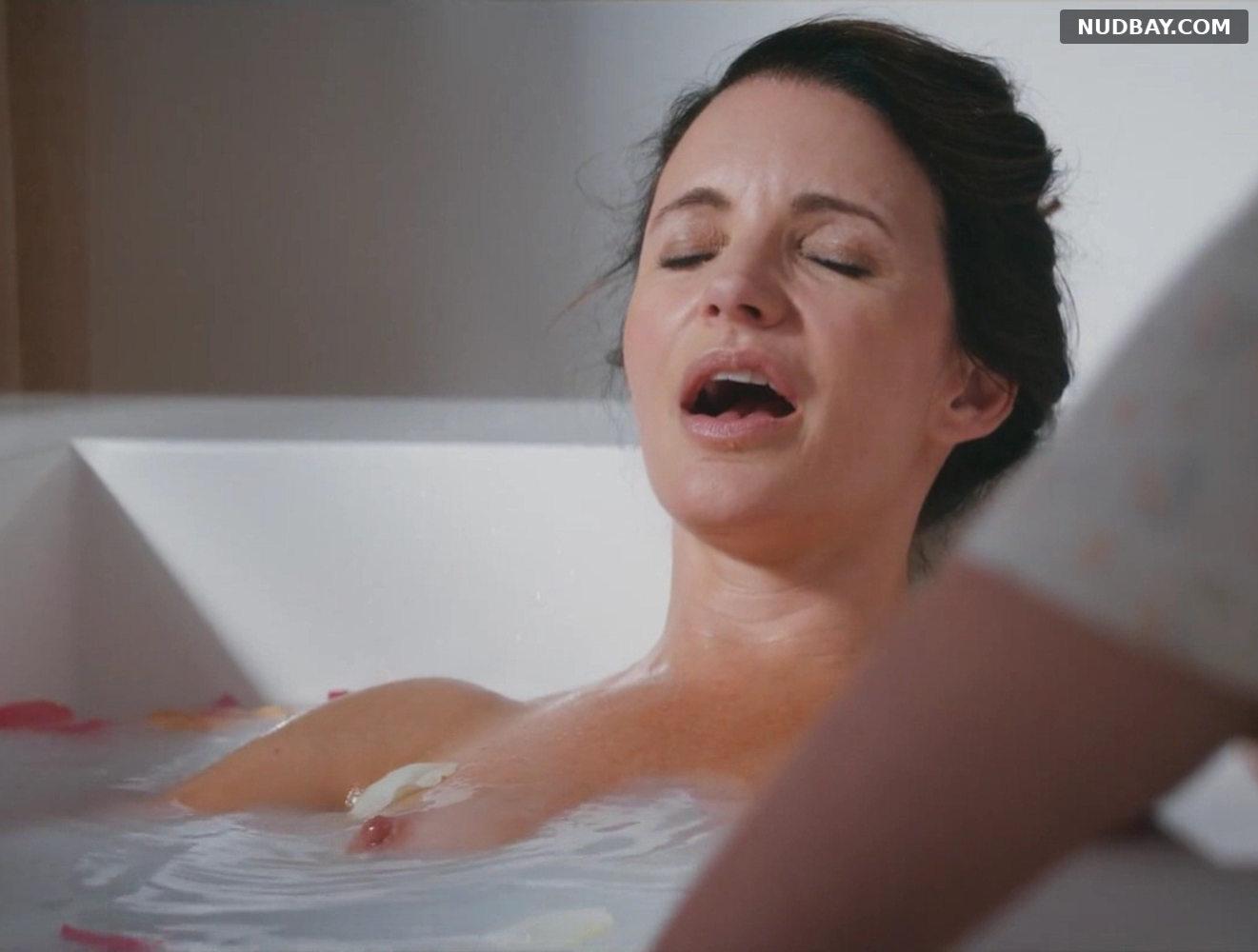 Kristin Davis nude in Deadly Illusions (2021)
