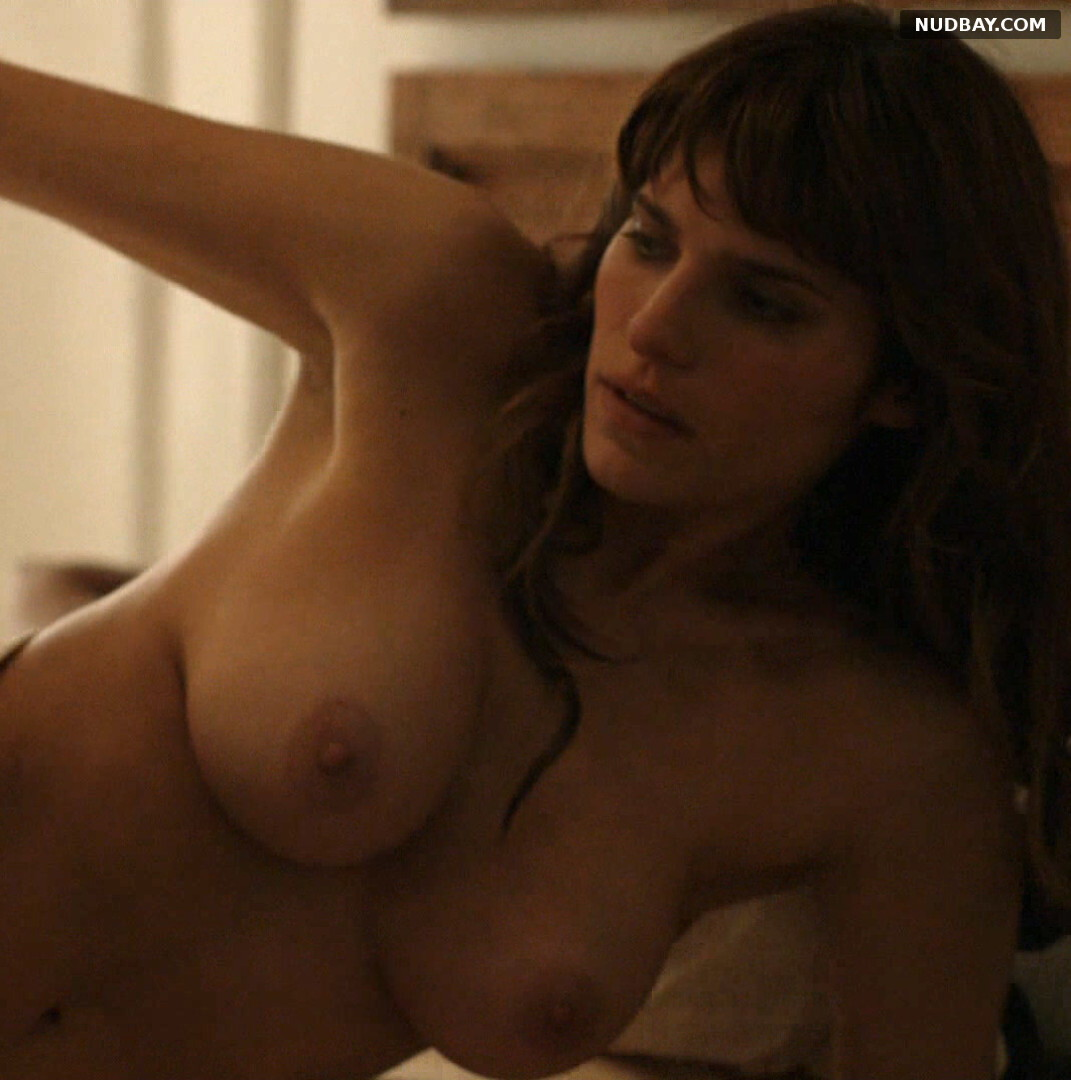 Lake Bell Nude in How to Make It in America S02E03 (2011)