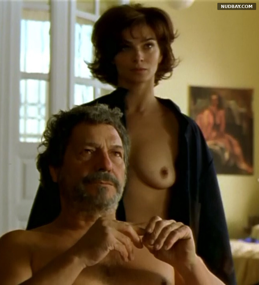 Laura Morante topless - La mirada del otro (1998)
