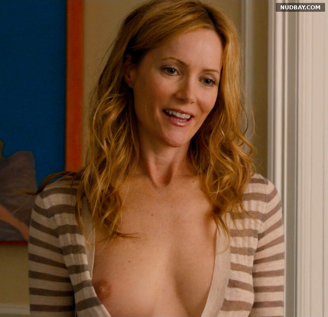 Leslie Mann nude in the movie This Is 40 2012