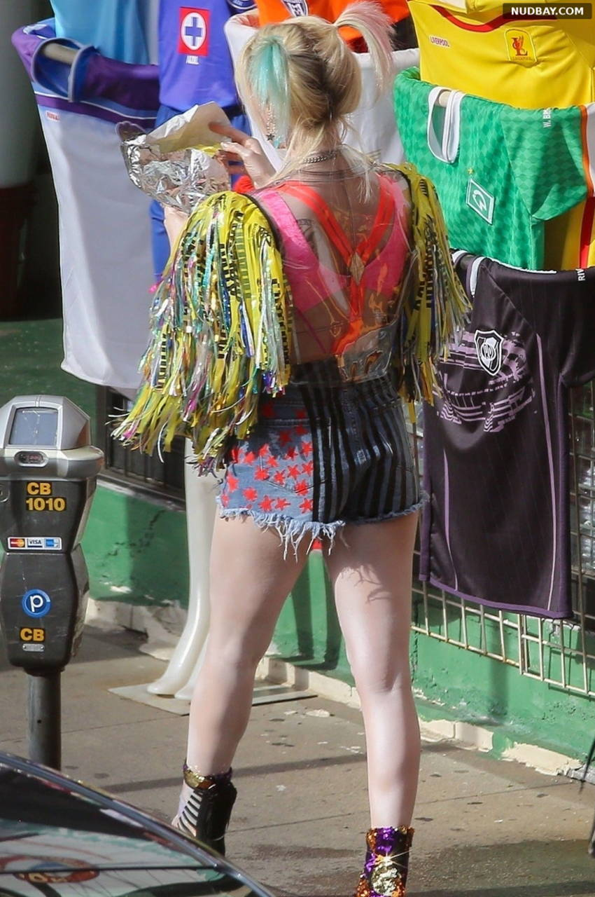 Margot Robbie Booty filming Birds of Prey in LA Feb 02 2019