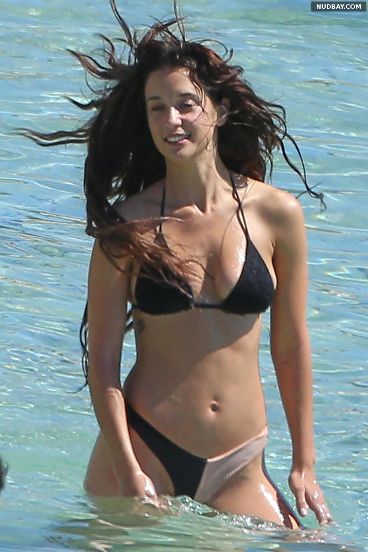 Maria Pedraza sexy on the beach in Ibiza Jun 23 2021