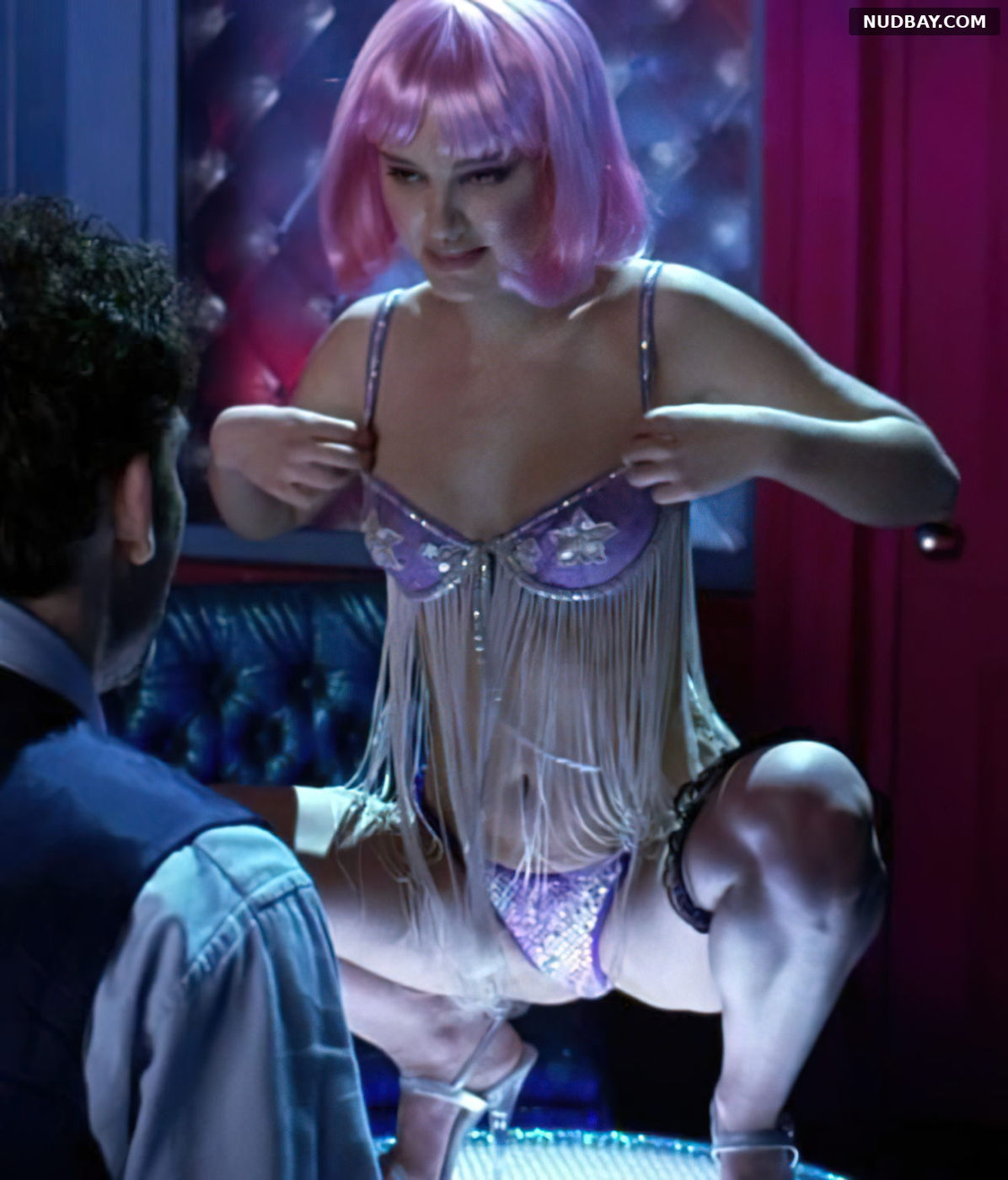Natalie Portman nude pussy in the movie Closer 2004