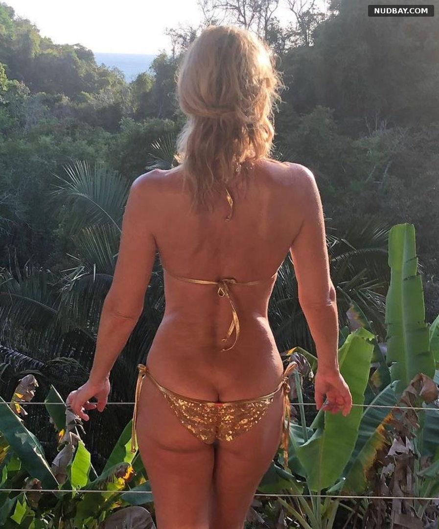 Paulina Porizkova Bare Ass in Gold Bikini Feb 19 2021