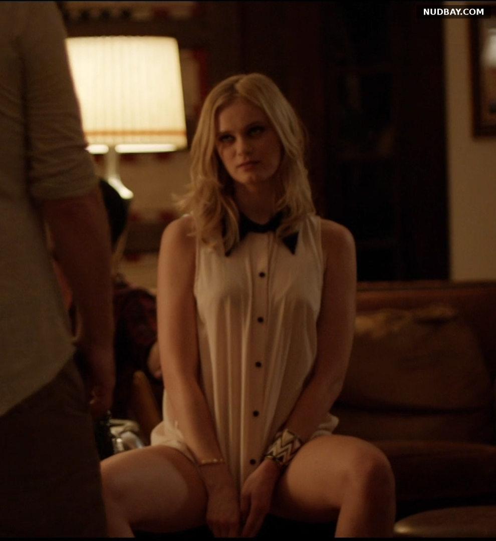 Sara Paxton sexy in Cheap Thrills (2013)