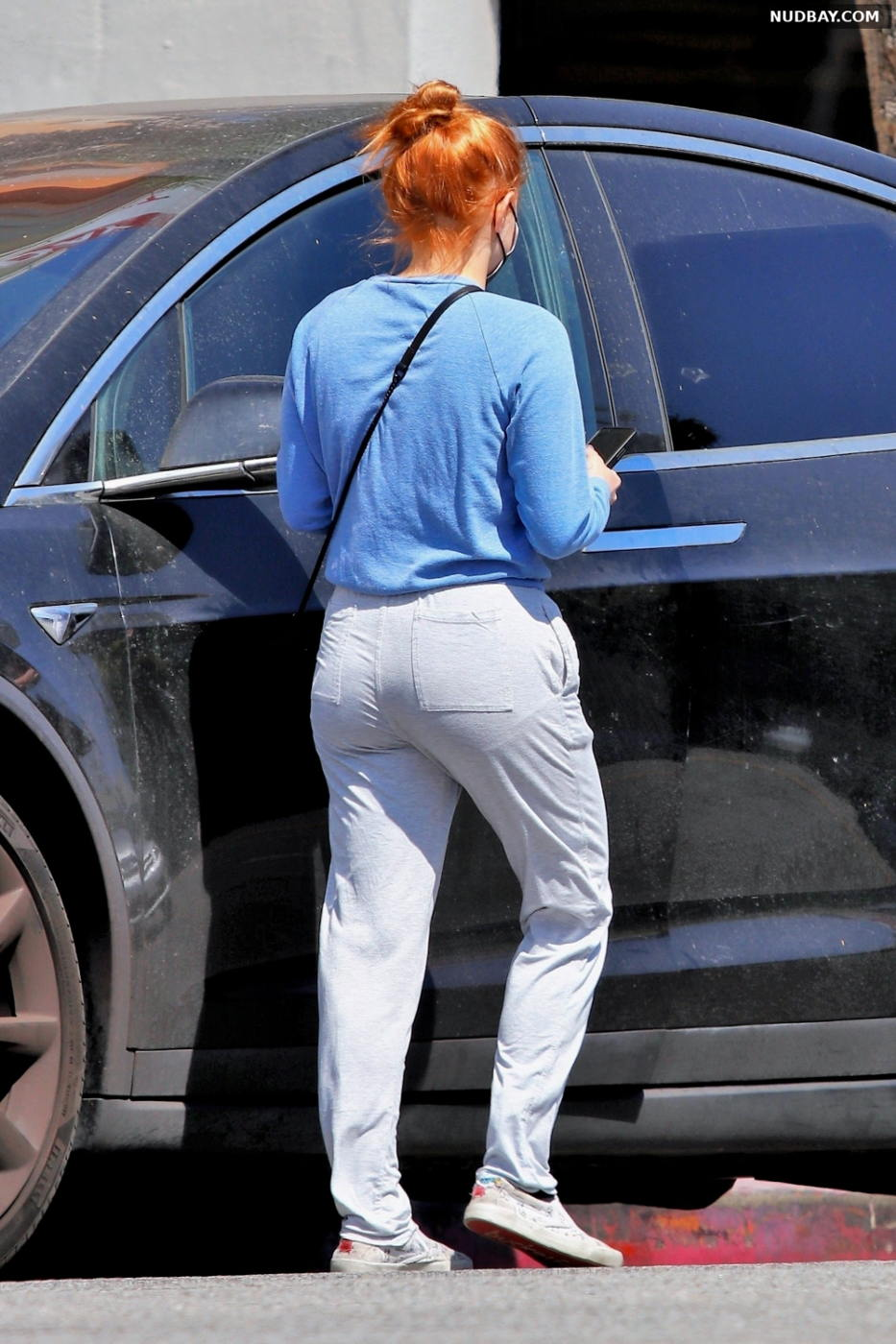 Ariel Winter booty out in Los Angeles Sep 02 2021