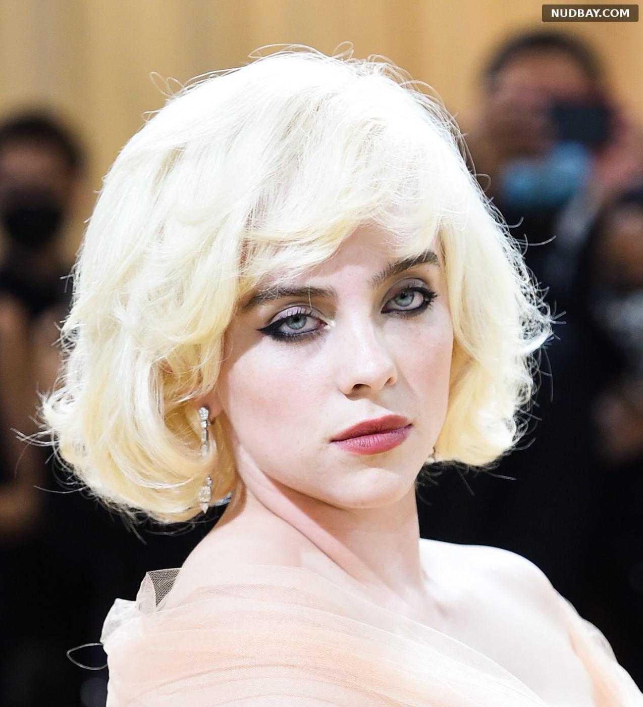 Billie Eilish Face at Met Gala Celebrating In America Sep 13 2021